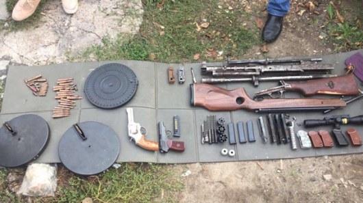 Разоблачена группа торговцев оружием, действовавшая вКиеве иобласти